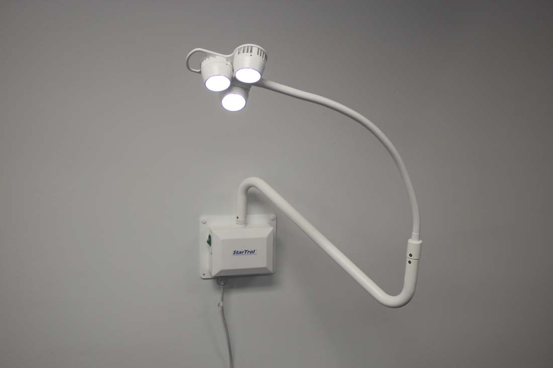 Wall Mounted Medical Examination Lamps : StarTrol 3x3 Wall Mounted Examination Light Heartland Medical